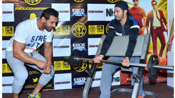 John Abraham and Varun Dhawan workout with the media as they promote their film Dishoom. (Photo Courtesy: Yogen Shah)