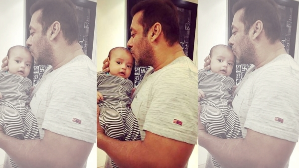 "Salman Khan with his nephew Ahil. (Photo courtesy: Twitter/ <a href=""https://twitter.com/khanarpita/status/738230969648324609?ref_src=twsrc%5Etfw"">khanarpita</a>)"