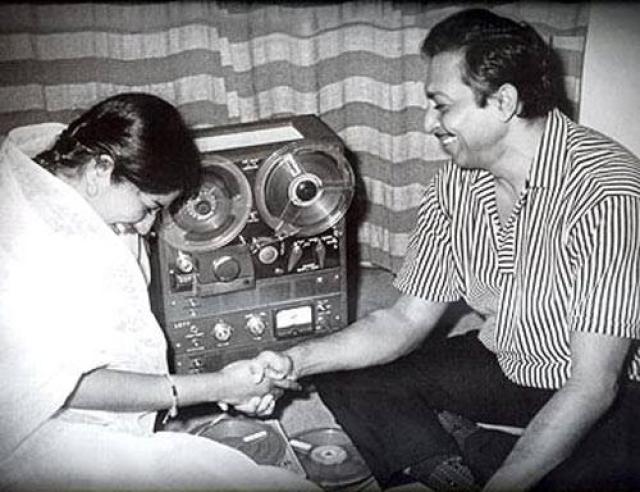 Lata Mangeshkar with Madan Mohan, whom she used to call 'Madan <i>bhaiya' </i>(Photo courtesy: Sanjeev Kohli)