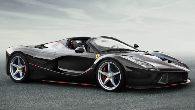 "Behold, the Ferrari LaFerrari in convertible avatar. (Photo Courtesy: <a href=""http://auto.ferrari.com/en_EN/news-events/news/the-open-top-laferrari-arrives/"">Ferrari</a>)"
