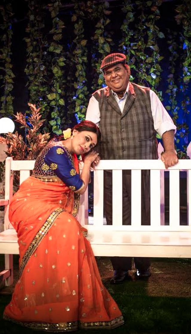 Satish Kaushik and Meghna Malik in <i>Mr</i> <i>and</i> <i>Mrs</i> <i>Murarilal.</i> (Photo Courtesy: Mindworkz)