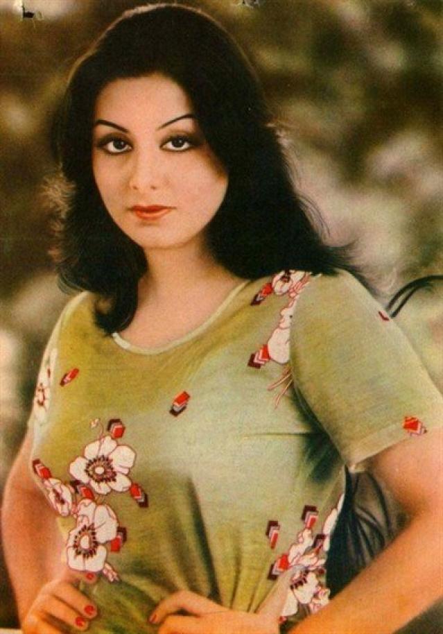 Neetu Singh in Yash Chopra's <i>Kabhie Kabhie.</i>