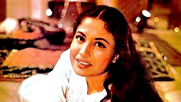 Meena Kumari was as great a poetess as she was an actress (Photo: Twitter; altered by The Quint)