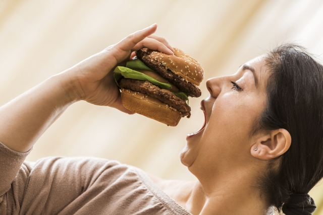 Imagine, a 40-year-old overweight person has the brain density of a 50-year-old slim person primarily because of what they eat. What's good for the heart is good for the head too. A healthy diet and moderate exercise are the holy grail for a quality life.(Photo: iStockphoto)