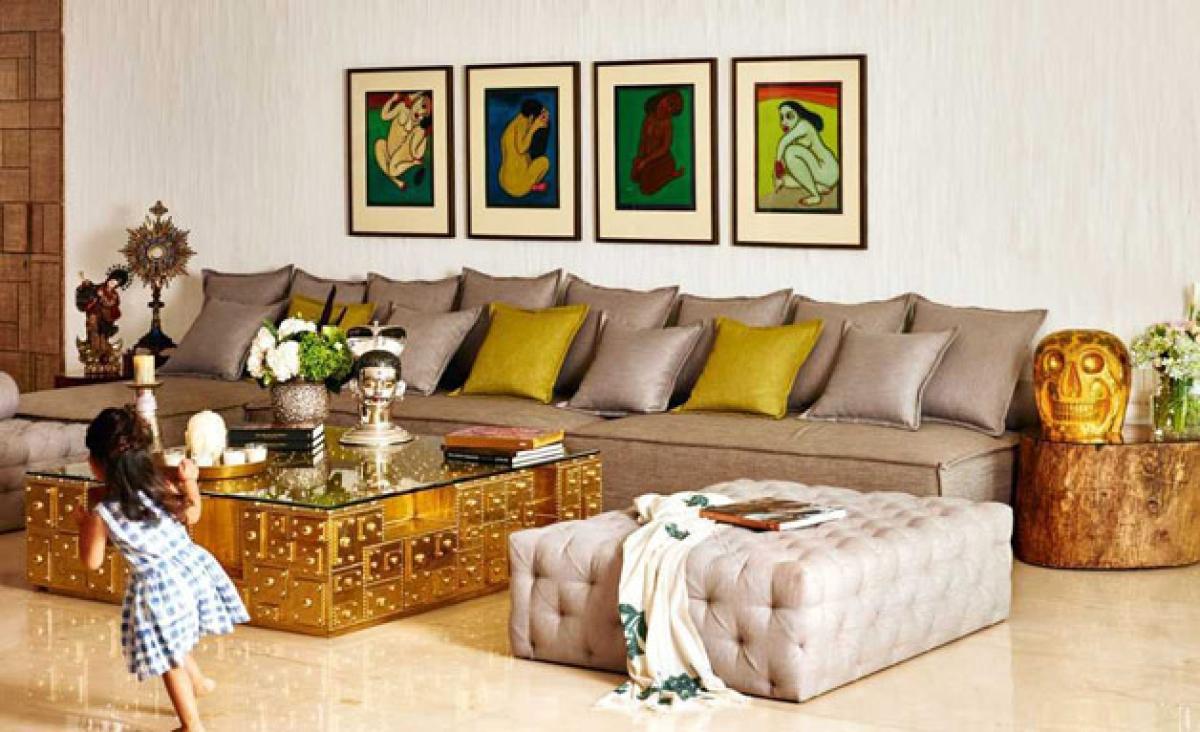 Unseen Pics of Akshay Kumar & Twinkle Khanna\'s Plush Home - The Quint