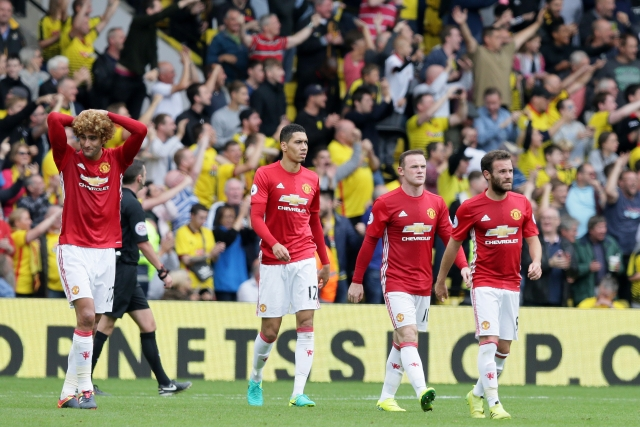 From left, Manchester United's Marouane Fellaini, Chris Smalling, Wayne Rooney and Juan Mata. (Photo: AP)