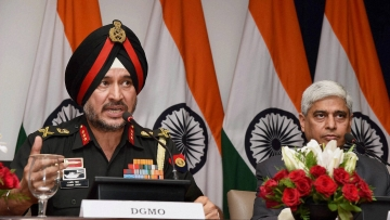 DGMO Lt Gen Ranbir Singh during a joint press briefing of Defence Ministry and External Affairs Ministry on Thursday, 29 September 2016. (Photo: PTI)
