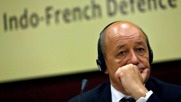 French Defence Minister Jean-Yves Le Drian to arrive in New Delhi on 22 September. (Photo: Reuters)