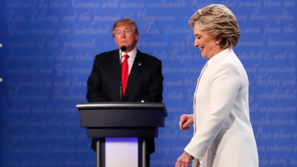 Donald Trump and Hillary Clinton at the final presidential debate. (Photo: Reuters)