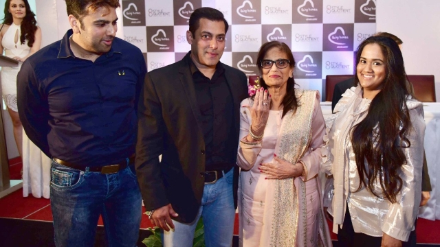 Salman Khan poses with his mother, Salma, and sister, Arpita Khan Sharma, at the launch of Being Human's jewellery line in 2016.