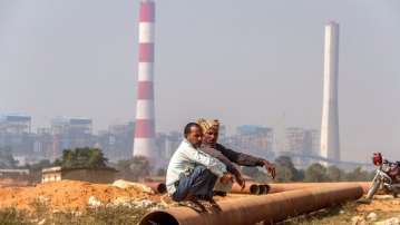 A coal-fired power plant near Singrauli in Madhya Pradesh. (Photo Courtesy: Joe Athialy)