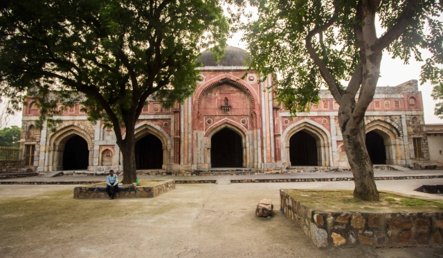 Jamali-Kamali's mosque. (Photo: Abhilash Mallick/<b>The Quint)</b>