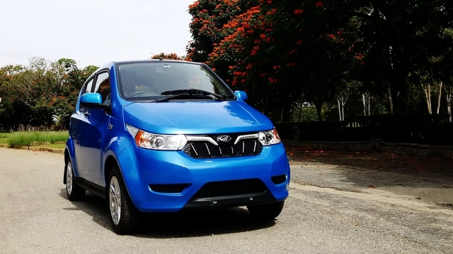 Mahindra e2o Plus electric car. (Photo Courtesy: MotorScribes)