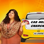 'Cab mein charcha' with RJ Stutee. (Photo: <b>The Quint</b>/Liju Joseph)