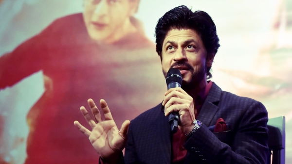 Shah Rukh Khan speaks to the press while promoting <i>Fan. </i>(Photo: Reuters)