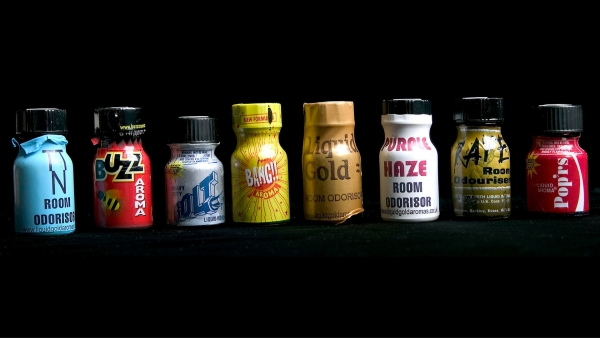A selection of poppers. (Photo: Wikimedia Commons)