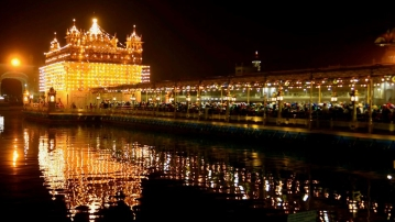The Golden Temple wears a festive look on the eve of Gurpurab.
