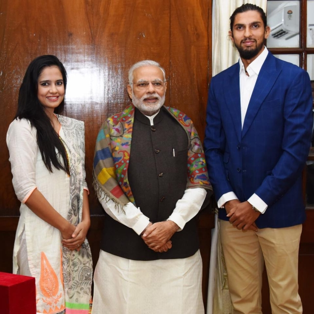 "Pratima and Ishant with PM Modi (Photo Courtesy: Facebook/<a href=""https://www.facebook.com/photo.php?fbid=10154537862721075&set=t.635846074&type=3&theater"">Pratima Singh</a>)"