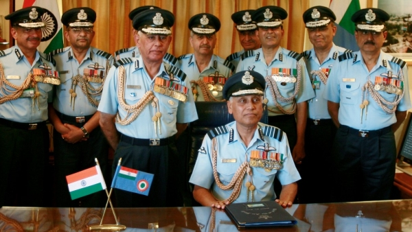 A file photo of former Indian Air Force chief SP Tyagi with his staff at the IAF headquarters in New Delhi in 2007. (Photo: Reuters)