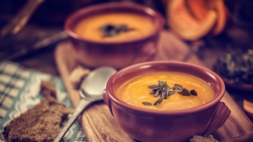 Winter time is soup time – nothing comforts more than a hot bowl of soup. (Photo: iStock)