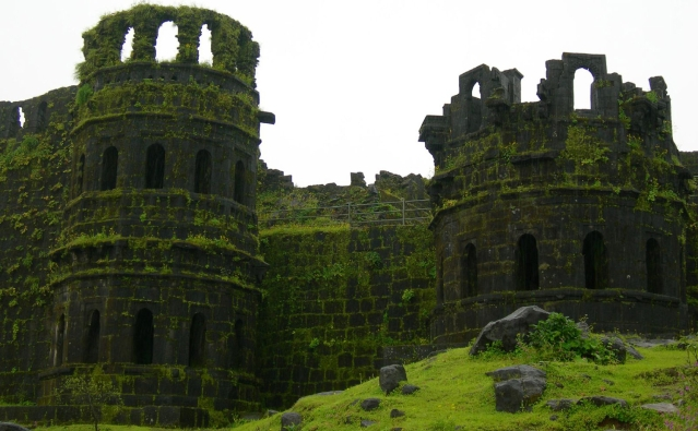 """Raigad fort was the capital of Shivaji's kingdom. The fort was destroyed by the British after defeating Marathas in 1818. (Picture Courtesy: <a href=""""http://trektofly.com/"""">trektofly.com</a>)"""