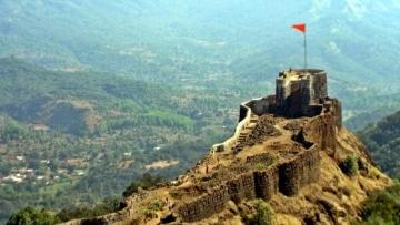 "Pratapgad Fort in Satara district. (Photo Courtesy: <a href=""http://historicaltimeofindia.blogspot.com/2015/01/pratapgad-fort-in-maharashtra.html"">historicaltimeofindia.blogspot.com</a>)"