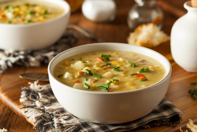 Well, the fact is that soups are good for us, but only as long as one knows how to pick the right one. (Photo: iStock)<br>