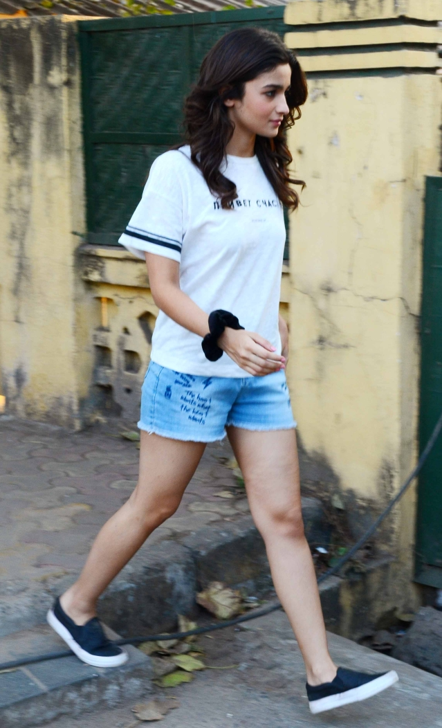 Alia has some serious graffiti on her cut-offs. (Photo: Yogen Shah)