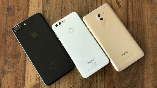"""Huawei's dual lens cameras on <a href=""""https://www.thequint.com/technology/2017/01/30/honor-6x-vs-honor-8-vs-iphone-7-plus-dual-camera-phone-comparison"""">Honor 8 and Honor 6X produce images comparable to iPhone 7 Plus</a>. (Photo: <b>THE QUINT/</b>Ankit Vengurlekar)"""