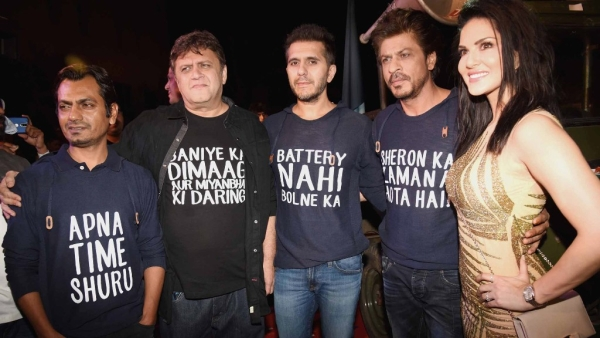 Nawazuddin Siddiqui, Rahul Dholakia, Ritesh Sidhwani, Shah Rukh Khan and Sunny Leone at the <i>Raees </i>success bash. (Photo: Yogen Shah)