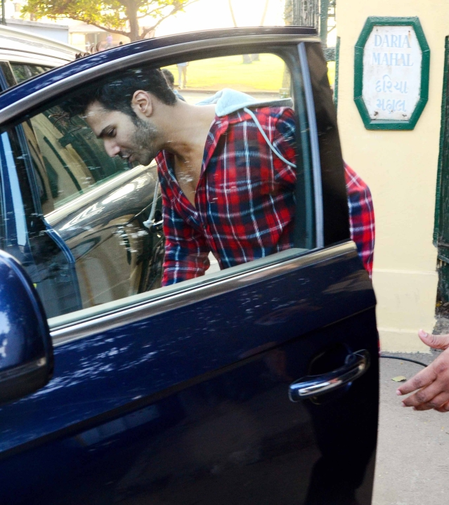 After pack-up Varun spotted getting back to his car. (Photo: Yogen Shah)
