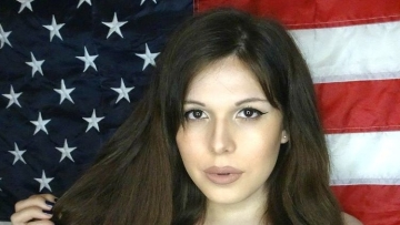 "Blaire White. (Photo Courtesy: Faacebook/<a href=""https://www.facebook.com/ImBlaireWhite/photos/a.1136054956414600.1073741825.1136054926414603/1361588327194594/?type=1&theater"">Blaire White</a>)"