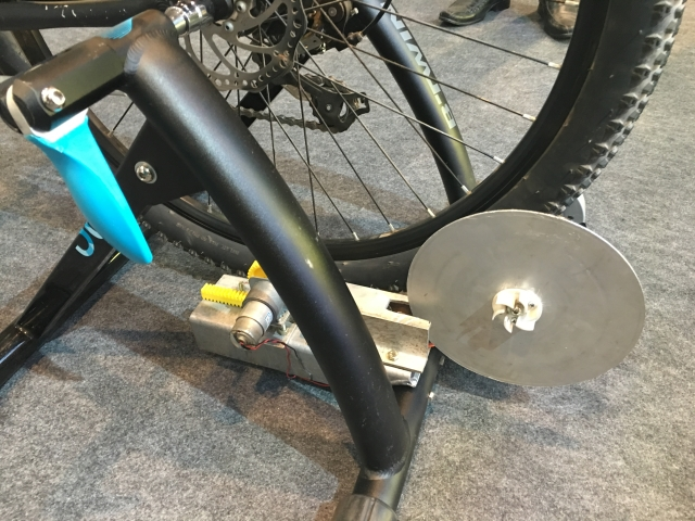 That iron box underneath the bike helps marry  VR with fitness. (Photo: <b>The Quint</b>)