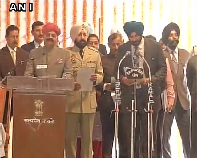 Navjot Singh Sidhu being sworn in as cabinet minister. (Photo: ANI)