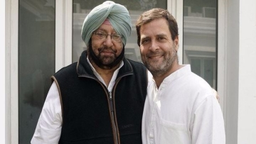 Punjab CM Amarinder Singh and Congress Vice President Rahul Gandhi. (Photo: ANI)