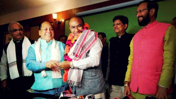 Biren Singh (centre) is all set to become the next Manipur Chief Minister. (Photo: PTI)