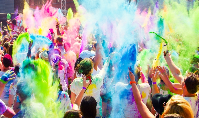 You too can have your own Bollywood-ised Holi celebration (Photo: iStock)