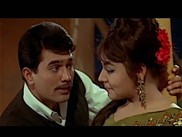 Farida Jalal with Rajesh Khanna.