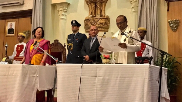 "N Biren Singh being sworn in as the Chief Minister of Manipur on Wednesday (Photo: Twitter/<a href=""https://twitter.com/BJP4India"">@BJP4India</a>)"