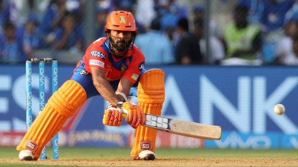 Dinesh scored an unbeaten 48 in Gujarat Lions' IPL match against Mumbai Indians. (Photo: BCCI)
