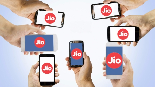 With this move, Reliance Jio is keen to add more users to its network.