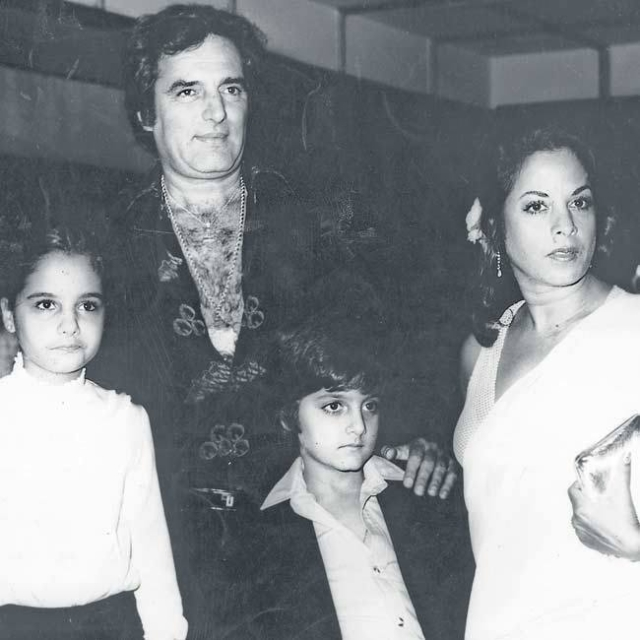"Feroz Khan with wife Sundari and children Laila and Fardeen. (Photo courtesy: <a href=""https://www.facebook.com/CelebrityBorn/"">Facebook/ celebrityborn</a>)"