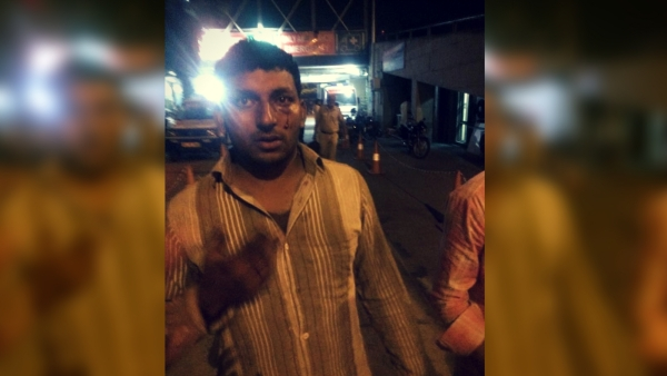 Buffalo seller Ashu was beaten up by a mob on Saturday night at Kalkaji in New Delhi.  (Photo: Meghnad Bose/<b>The Quint</b>)