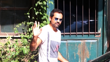 Abhay Deol on why he's against the idea of fairness creams. (Photo: Yogen Shah)