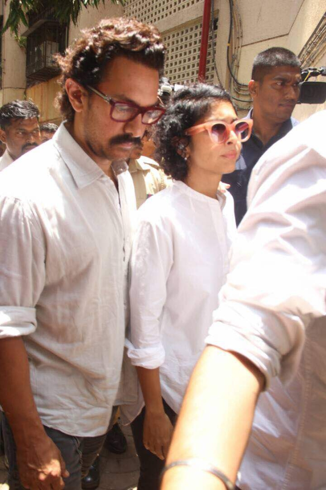 Aamir Khan and his wife Kiran Rao pay their respects to Reema Lagoo. (Photo: Yogen Shah)