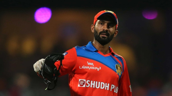 Wicketkeeper Dinesh Karthik will replace an injured Wriddhiman Saha in India's third Test against South Africa.