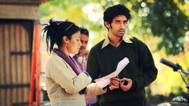<p>Konkona Sensharma on the sets of <i>A Death In the Gunj </i>with Vikrant Massey. </p>