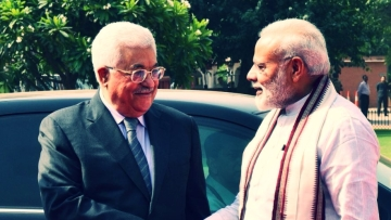 "Palestine President Mahmoud Abbas (left) with Indian Prime Minister Narendra Modi. (Photo Courtesy: Twitter/<a href=""https://twitter.com/PMOIndia"">@PMOIndia</a>)"