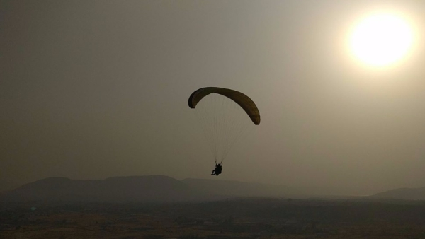 How about paragliding in Kamshet this weekend?
