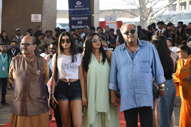 Sridevi and Boney Kapoor were spotted with their daughter and politician Amar Singh. (Photo: Yogen Shah)